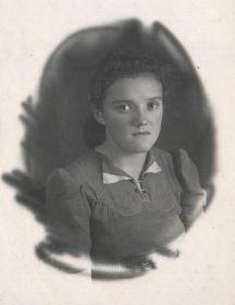 Соболева  (Петрова) Людмила Васильевна