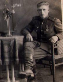 Савинов Николай Иванович                 1919 г.р.