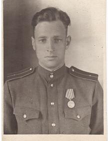 Овчинников Яков Михайлович