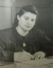 Кирпота (в девичестве Пустовалава) Валентина Ивановна