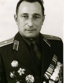 Денисов Евгений Максимович