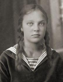 Новожилова (Казакова) Мирра Николаевна