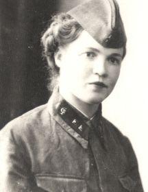 Лунева (Усова) Александра Яковлевна