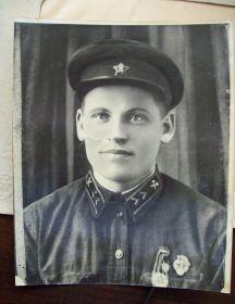 Попов Виктор