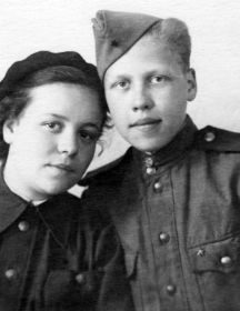 Скобенникова (Петрова) Лидия Владимировна