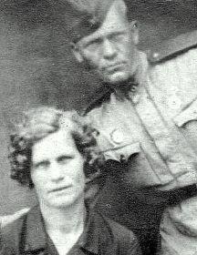 Авдеев Василий Прокопьевич.  С женой Анной Васильевной.