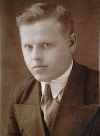Яблоков Анисим Александрович