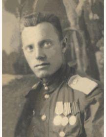 Есиков Иван Дмитриевич