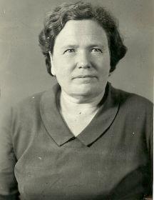 Исаченкова (Козлова) Клавдия Кондратьевна