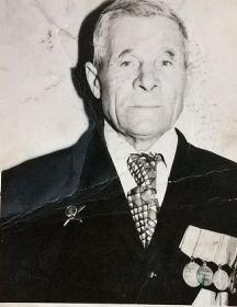 Олейник Максим Григорьевич