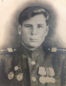 Аксенов Василий Федорович