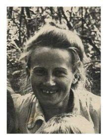 Буряк ( Васильева) Анна Николаевна