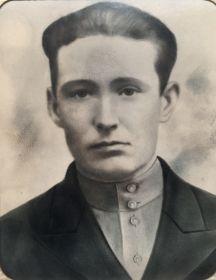 Янов Роман