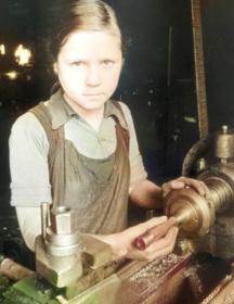 Кравцова ( Тихова ) Вера Андреевна