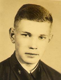 Исаков Юрий Александрович