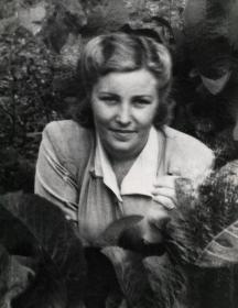 Ефимова (Бугрина) Александра Яковлевна