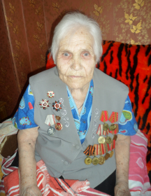 Петрова (Дорошенко) Елена Васильевна