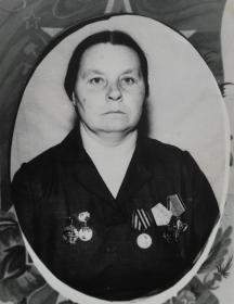 Чеснокова (Павлова) Валентина Никифоровна