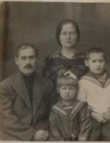 Егорова (Ушакова) Нина Николаевна