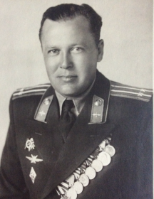 Константинов Борис Михайлович