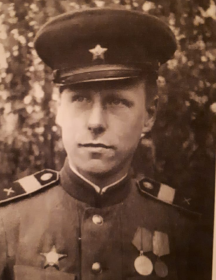 Максутов Дмитрий Дмитриевич