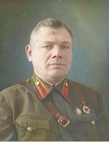 Живых  Максим Сергеевич