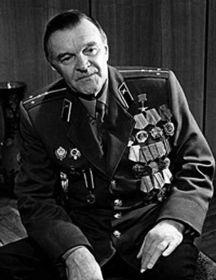 Бондарев  Юрий Васильевич