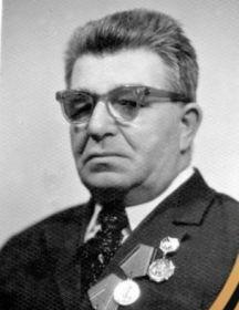 Петухов  Александр Андрианович