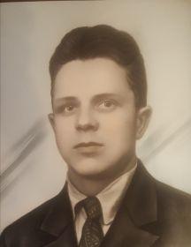 Лесаев Иван Степанович