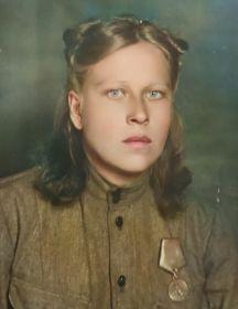 Савельева (Яковлева) Зинаида Петровна