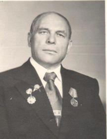 Шапошников Максим Хрисанфович