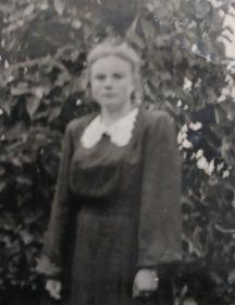 Шуникова (Жирякова) Валентина Александровна