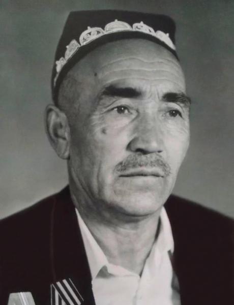 Кадыров Абдукахор