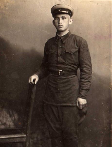 Нежников Петр Васильевич