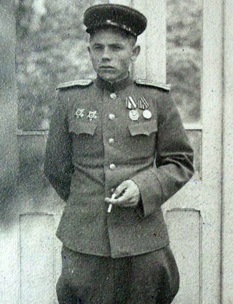 Леонов Тимофей Максимович