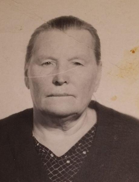 Колосова (Пономарёва) Анастасия Егоровна