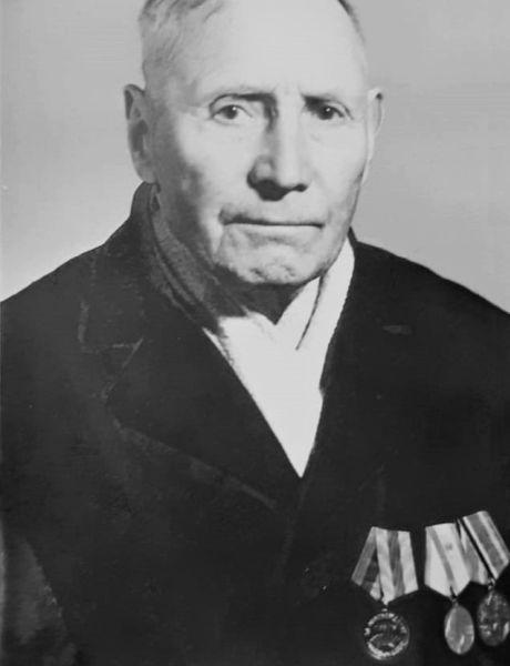 Чесноков Пётр Иванович