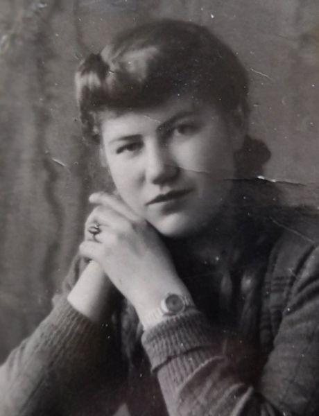 Чернова (Рыжакова) Зинаида Васильевна