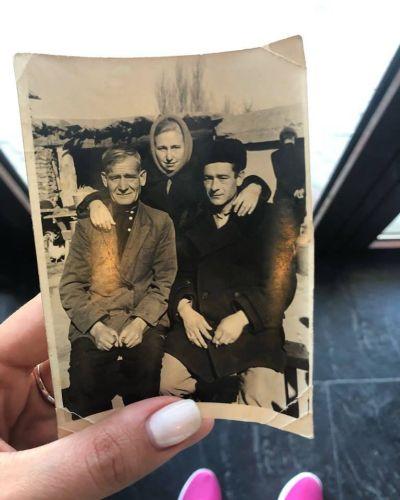 Не чужая память. Фотография с Красной площади ищет владельцев
