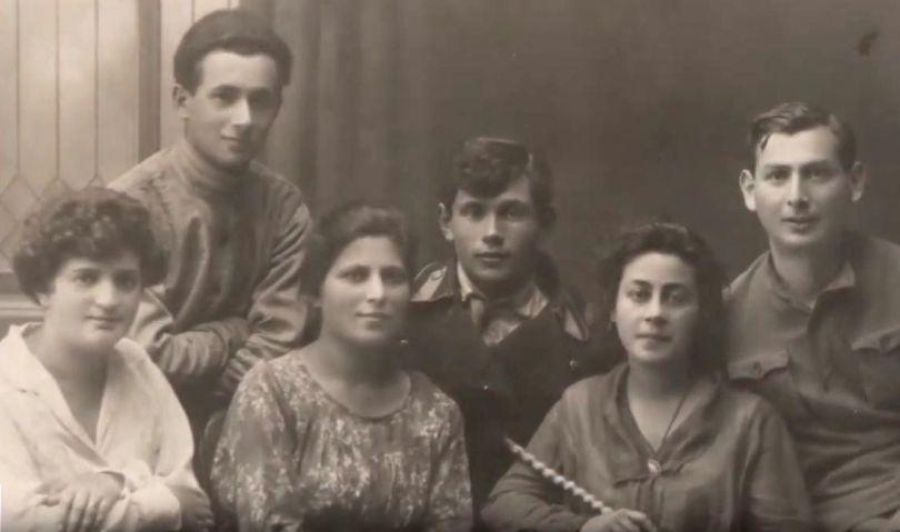 Диалоги со временем: история военных врачей Даниила и Агнессы Гинзбургов