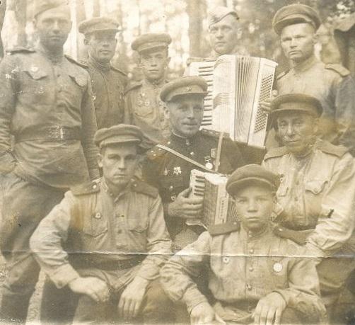 Они не играли в войну. Истории сыновей полка в летописи Полка
