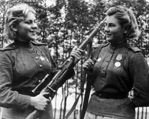 «Женский взгляд»: снайперы-героини на фронте и в Летописи