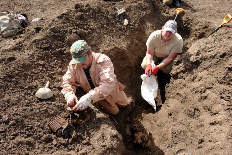 На последнем рубеже обороны Керчи в 1942 году поисковики подняли останки 79 бойцов