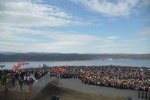 Митинг у памятника защитникам Советского Заполярья