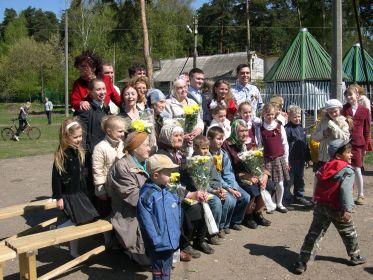 2011. 9 мая. Звягинцы на концерте для ветеранов.