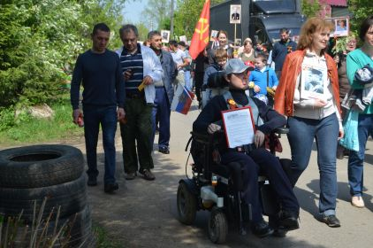 2019 г. 9 мая, Звягино, шествие БЕССМЕРТНОГО ПОЛКА по улицам. Спасибо Звягинцам, гостям и соседям за замечательный ПРАЗДНИК ПОБЕДЫ, который состоялся по ВЕЛЕНИЮ СЕРДЕЦ! Московская область.