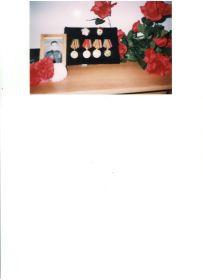 Награды. Гвардейский знак. Юбилейные медали. Медаль за взятие Берлина. Орден Отечественной войны II степени.