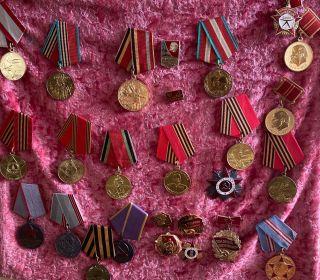 Ударник пятилетки, Фронтовик 1941-1945, Орден Отечественной войны, За победу над Германией, Юбилейные медали