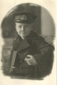 other-soldiers-files/papa_shkolnik.jpg