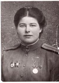 other-soldiers-files/foto_babushki_2.png